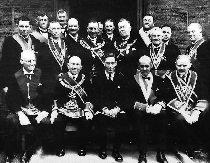 scottish freemasons with king george